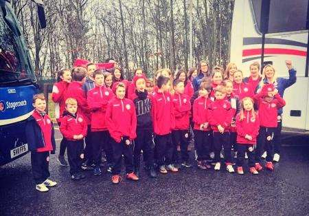 The Mini Kickers squad and girls from Brora Rangers Ladies setting off for Kilmarnock.
